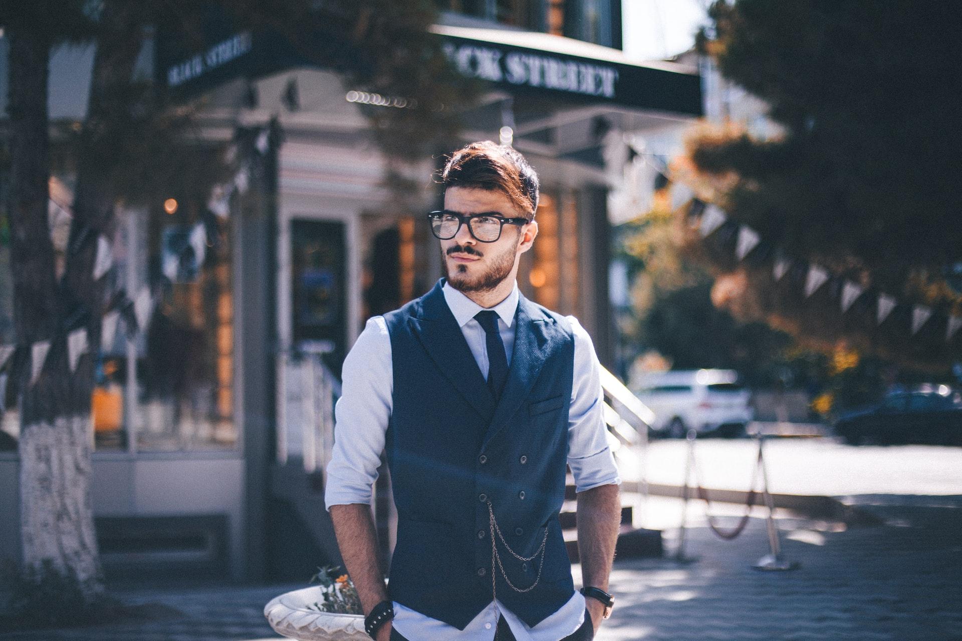 homme-gilet-costume
